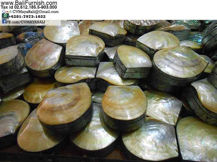 BCSHL1-1 MOP Shell Trinket Boxes Bali