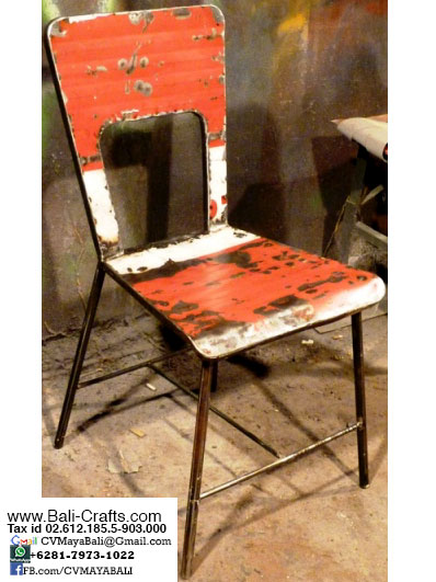 OilDrm1-22 Recycled Oil Drum Dining Chairs Bali Indonesia
