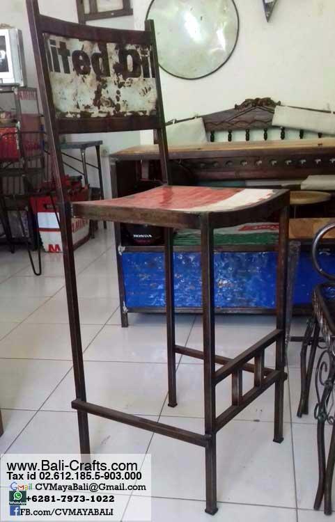 Rustic Steel Chairs Furniture Bali Indonesia