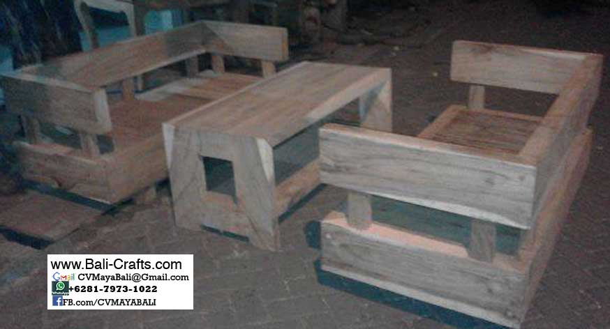 bcaft1-30-wooden-table-and-chair-from-bali-indonesia