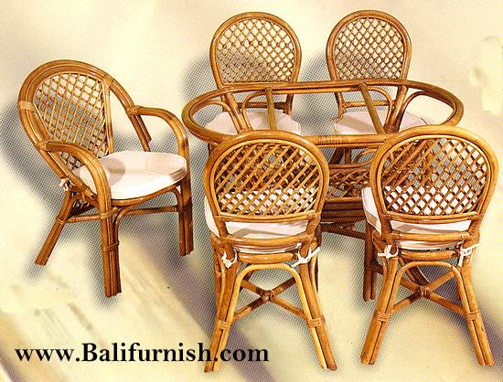wofi21-2-indonesian-rattan-furniture - Bali-Crafts.com